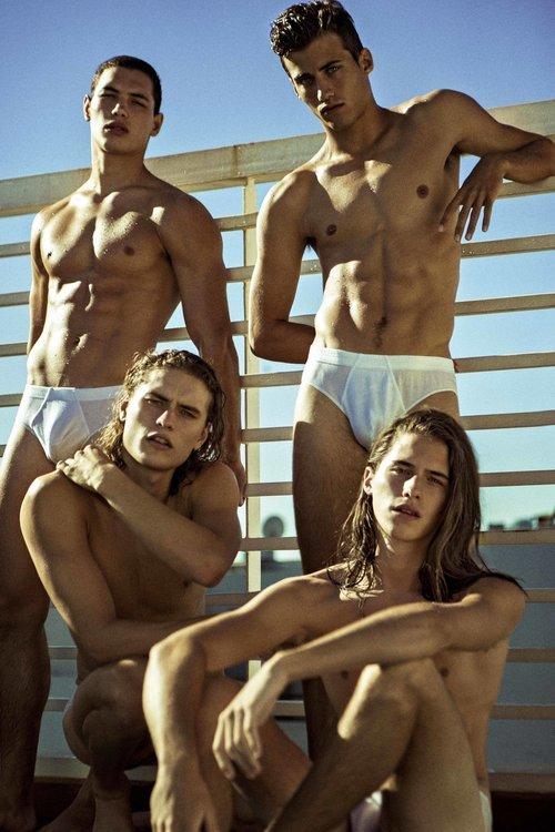 Nacho Garoselli, Patricio Manzotti, Nicolás Lorenzon, Mateo Collarini and Joaquin Varela X Leonardo Corredor X YUP MAGAZINE