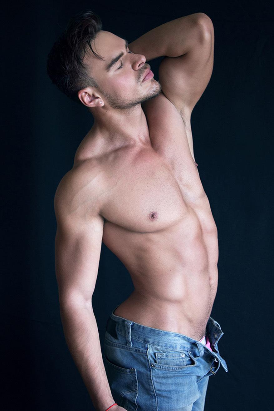 Jorge Volkova X Algabo Photo X YUP MAGAZINE