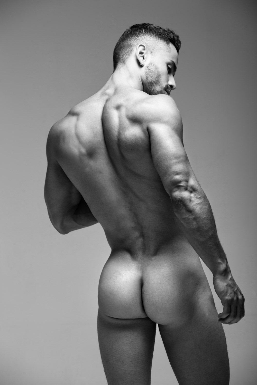 Фотки мужские голые фото видео зрелых